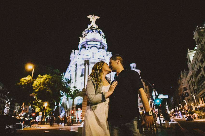 Fotografo Bodas Madrid España - preboda Gran Via Madrid - Josh Devotto
